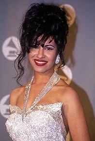 Primary photo for Selena Quintanilla-Perez