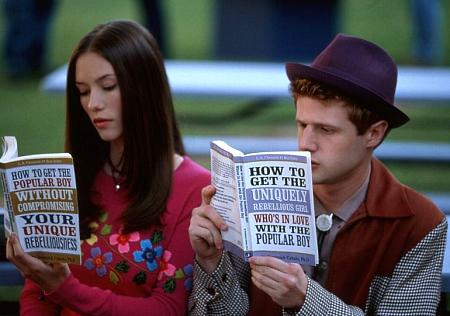 Eric Jungmann and Chyler Leigh in Not Another Teen Movie (2001)