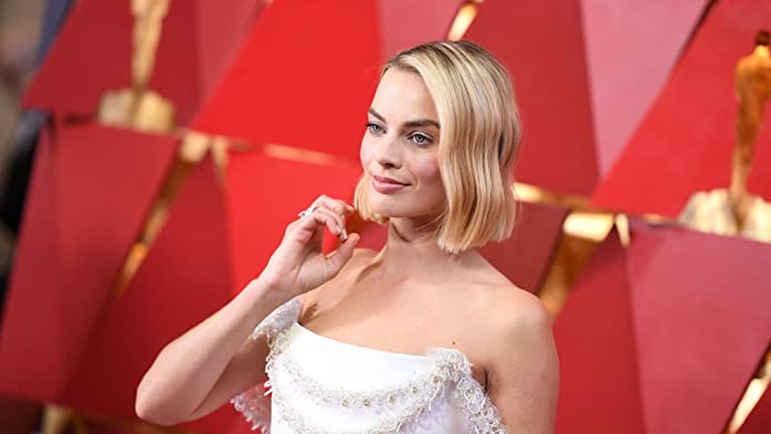Margot Robbie at an event for The Oscars (2018)