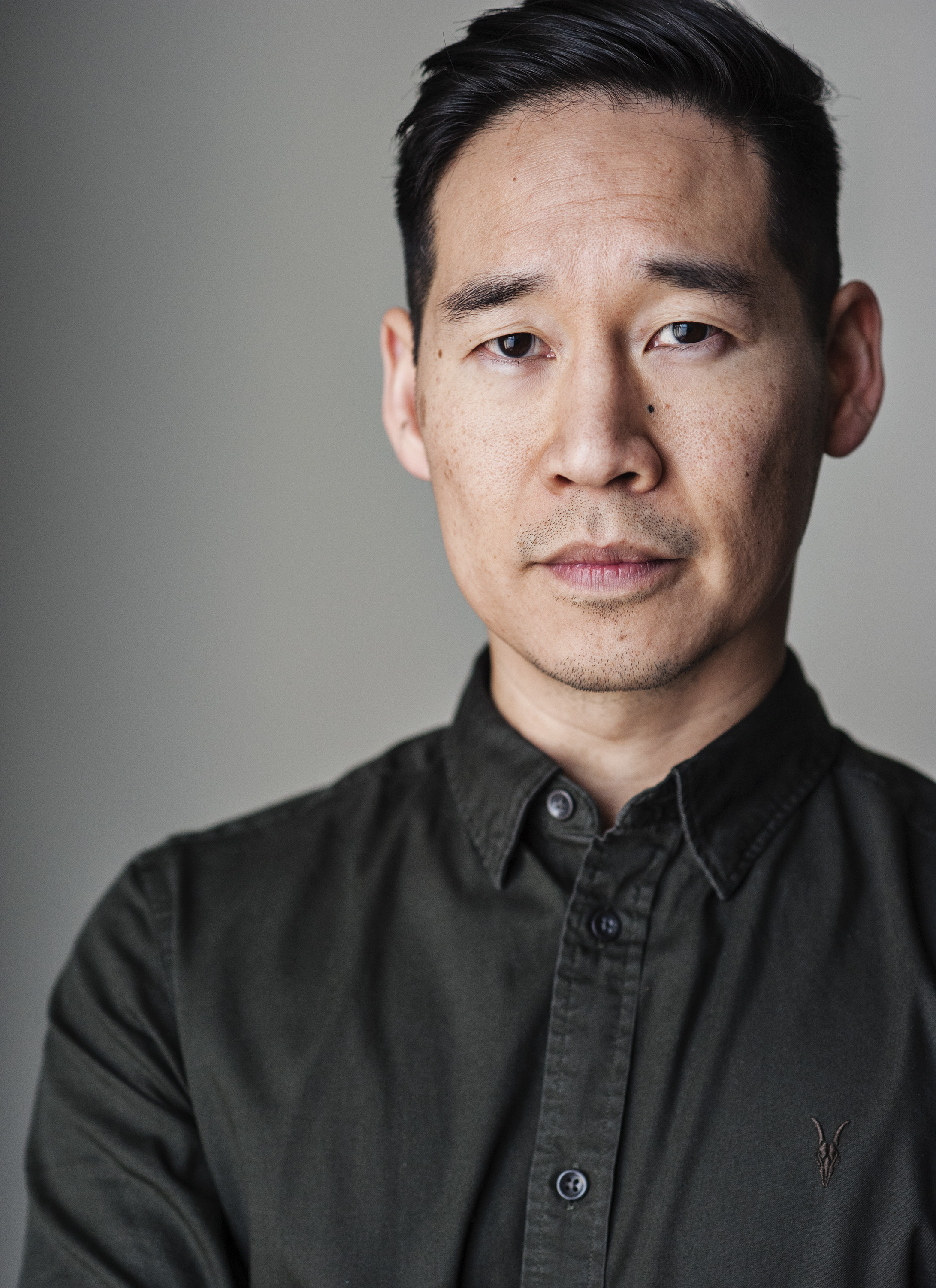 Black Mirror White Christmas Cast.Dan Li Imdb