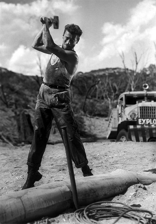 Yves Montand in Le salaire de la peur (1953)