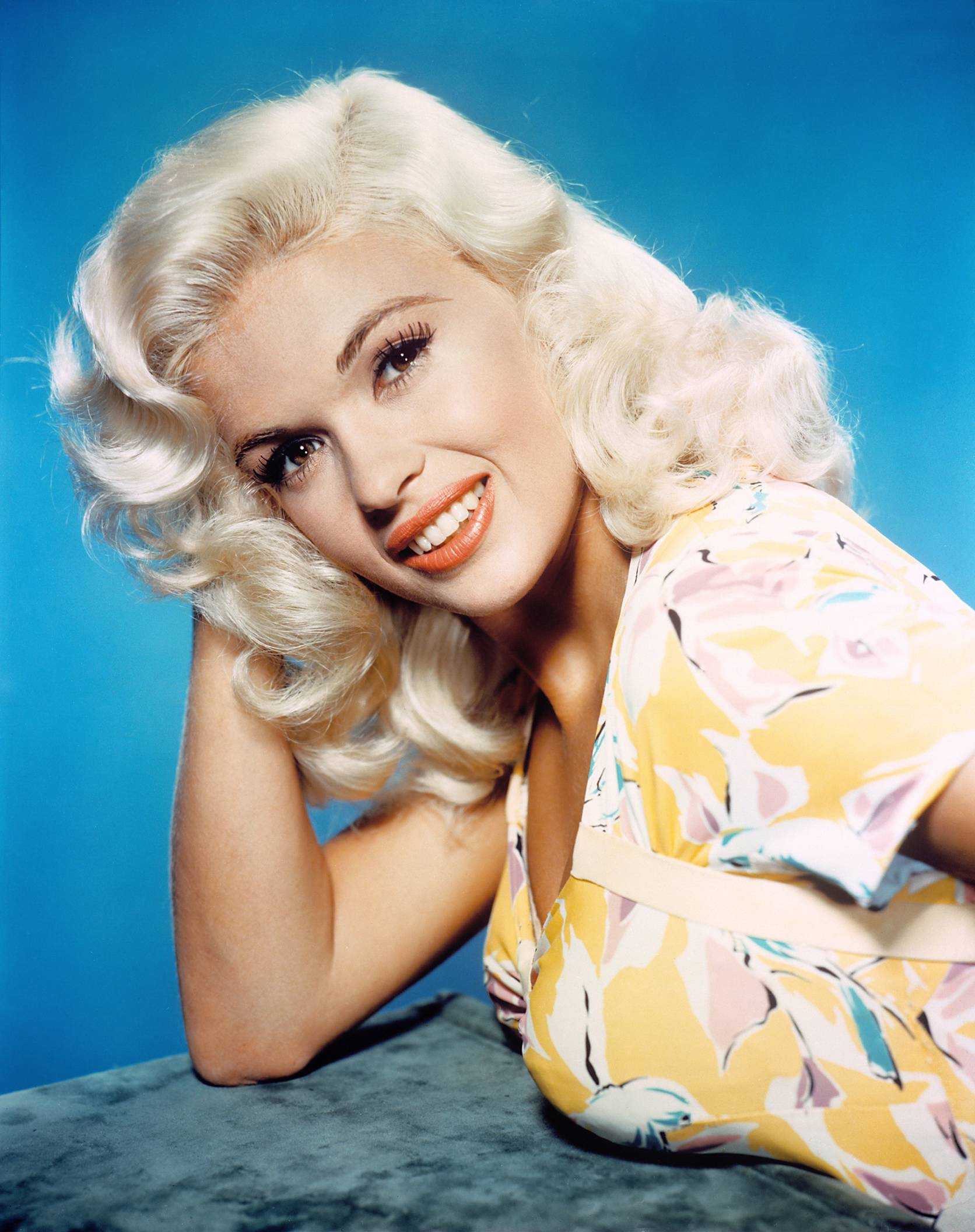 Jayne Mansfield in Kiss Them for Me (1957)