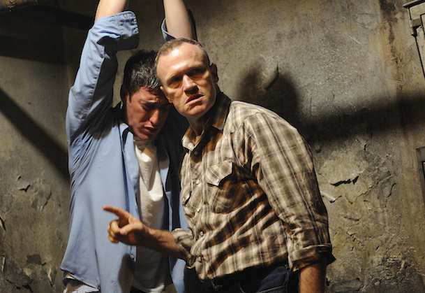 Eric Balfour and Michael Rooker in Cell 213 (2011)