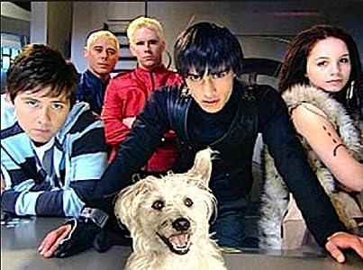 English movies divx free download Gadget 2008 [1920x1280]