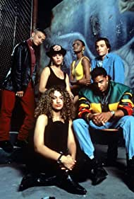 Neve Campbell, Lisa Butler, Christopher Lee Clements, Keram Malicki-Sánchez, Paul Popowich, and Kelli Taylor in Catwalk (1992)