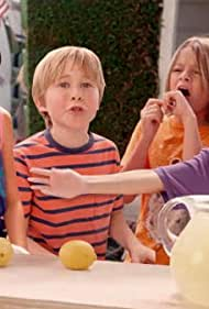 Casey Simpson, Mace Coronel, Aidan Gallagher, and Lizzy Greene in We Make That Lemonade (2014)