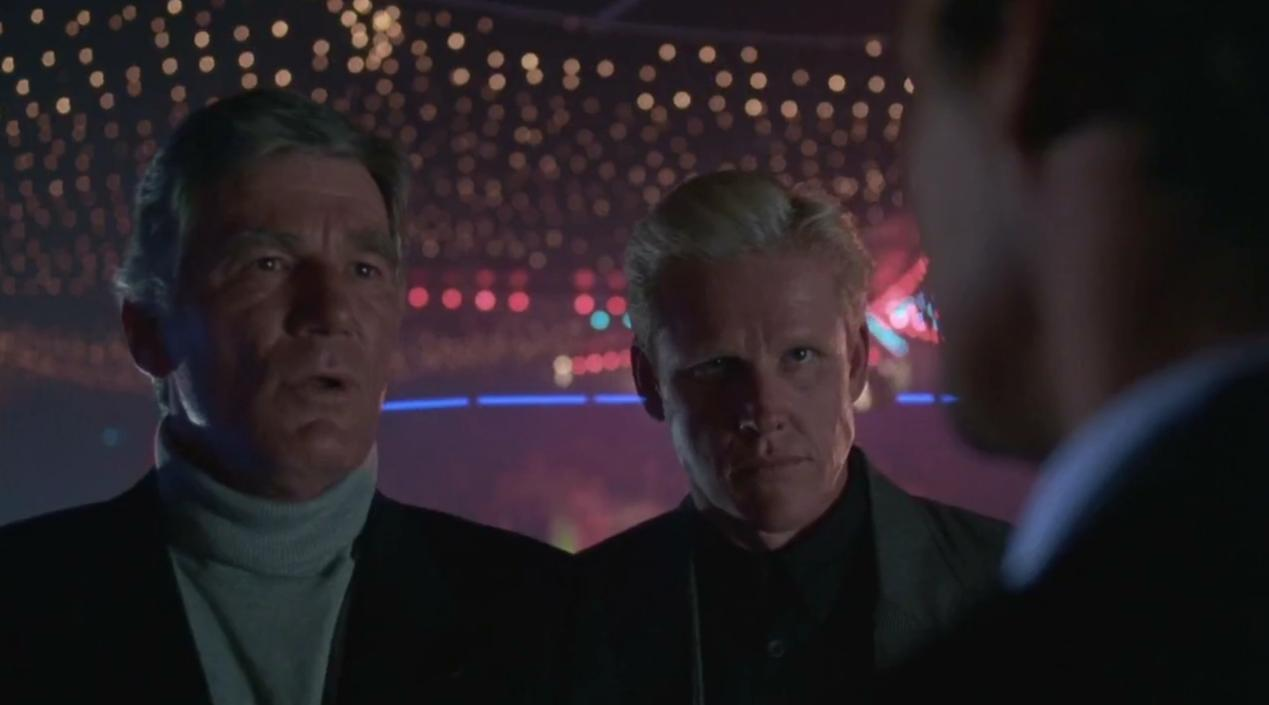 Gary Busey and Mitchell Ryan in Lethal Weapon (1987)