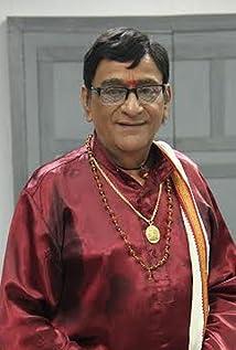 Venniradai Moorthy Picture