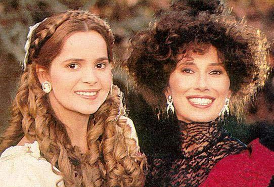 Grecia Colmenares and Luisa Kuliok in Más allá del horizonte (1994)