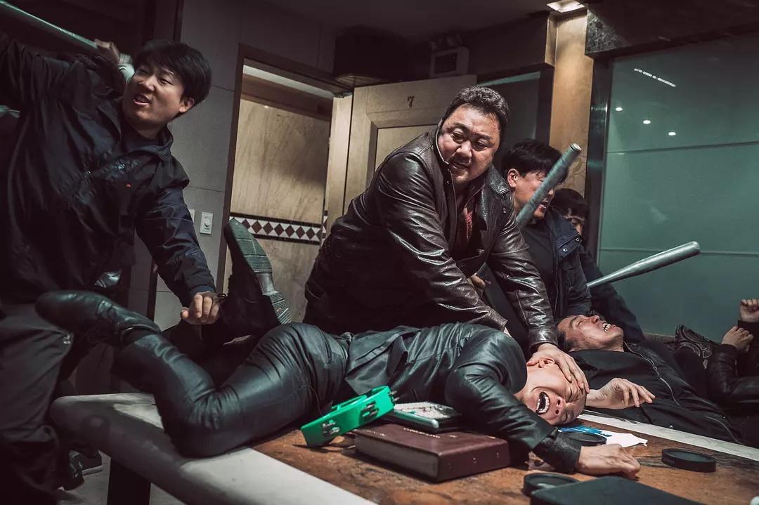 The Outlaws 2017 Korean 1080p – 720p – 480p ORG Blu-Ray 500MB – 1GB – 2GB ESubs