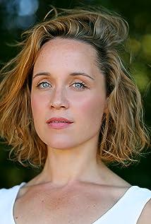 Scarlett Alice Johnson Picture