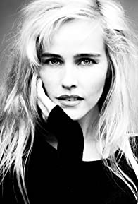Primary photo for Isabel Lucas