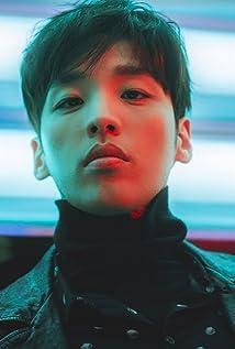 Heejun Han Picture