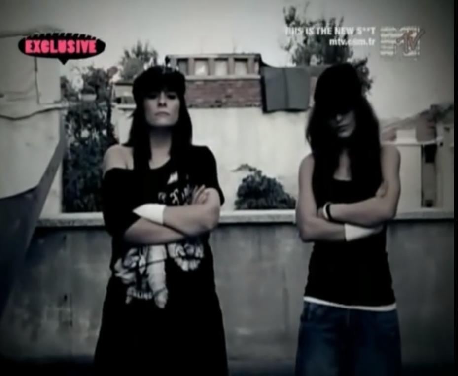 Ayben and RokaBeat in Ayben Feat. Ceza & Killa Hakan: Kork Bizden (2008)