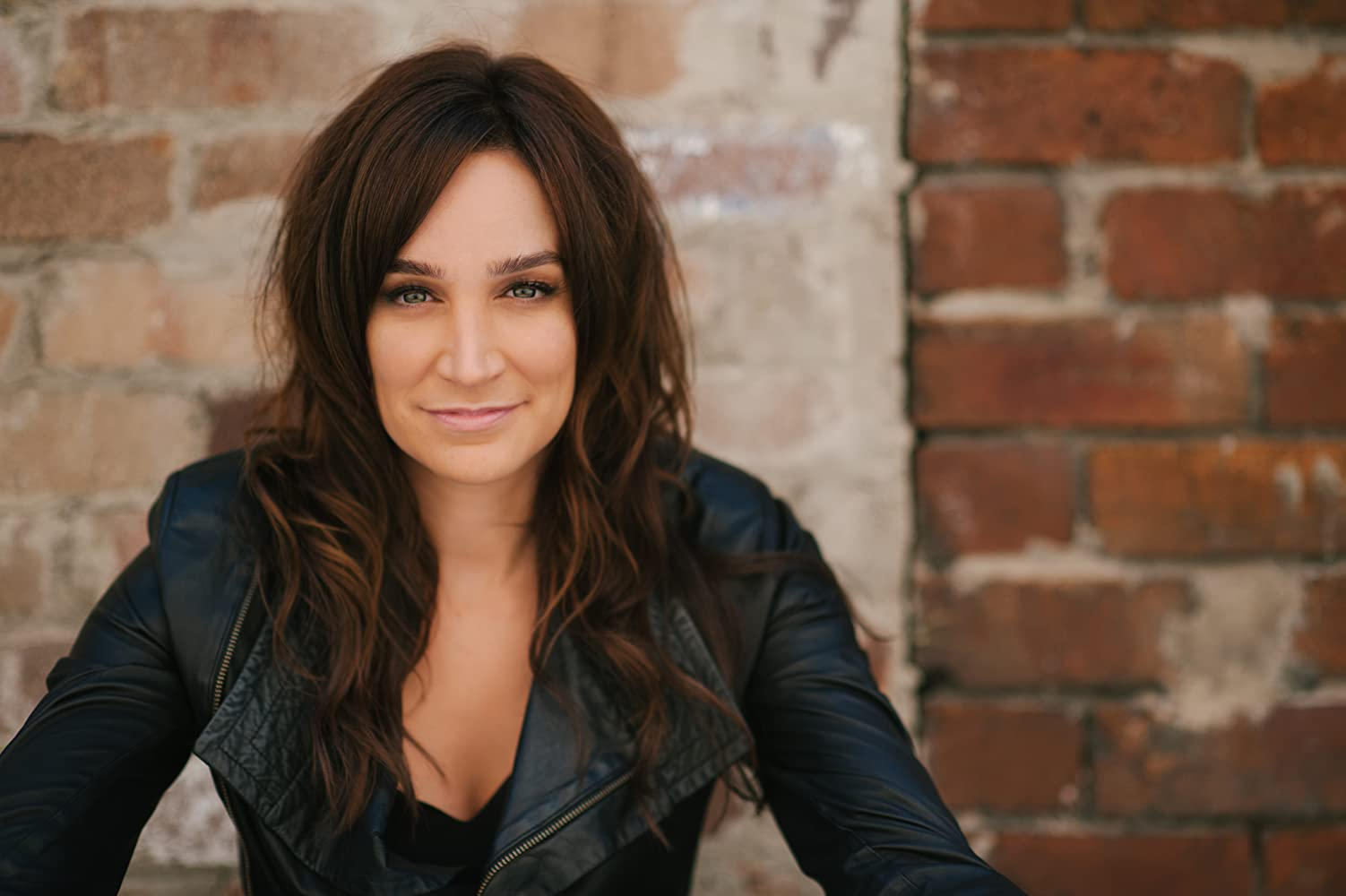 Watch Nicole da Silva video
