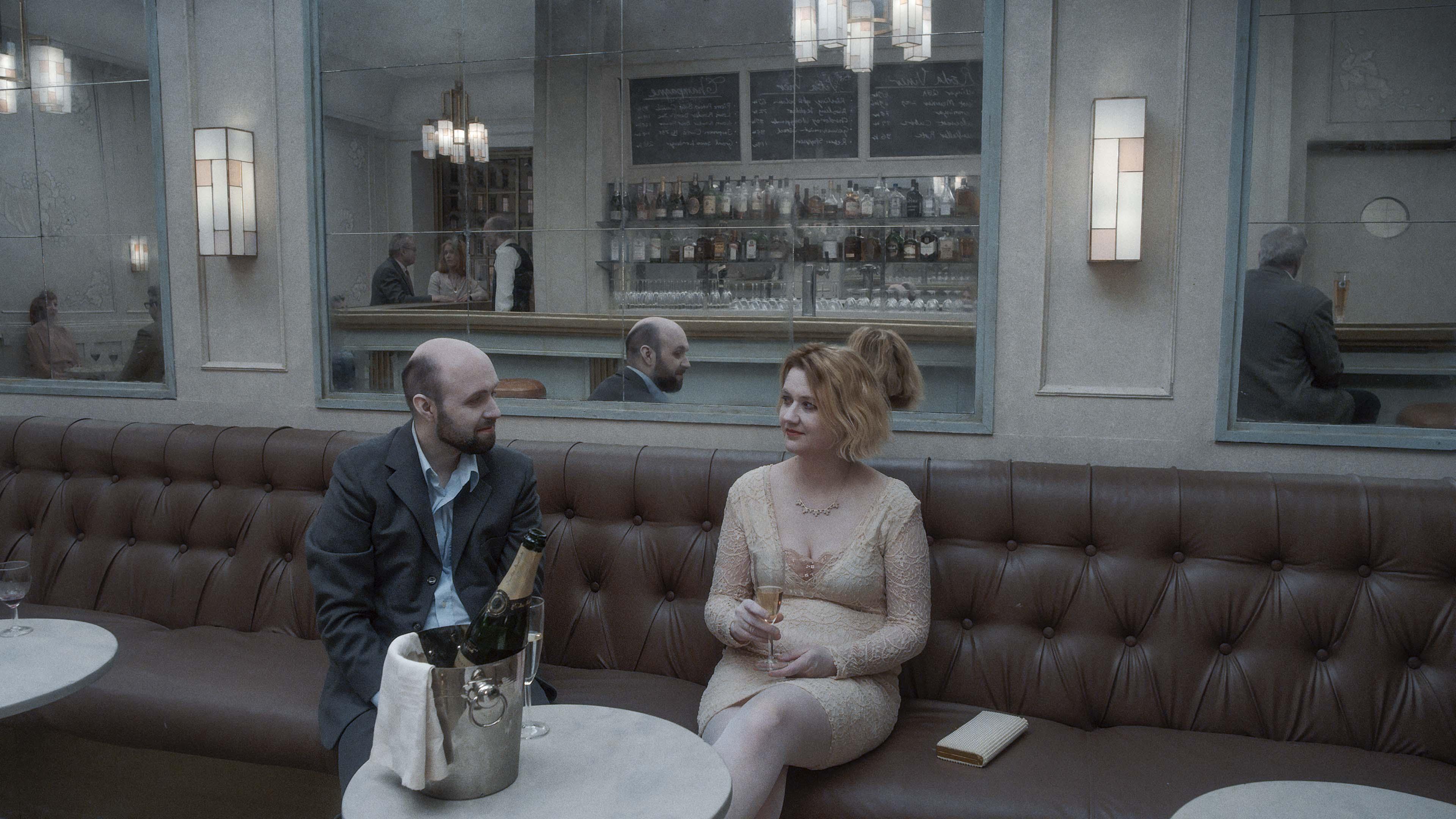 Lisa Blohm and Pär Fredriksson in Om det oändliga (2019)