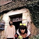 Philippe Bruneau and Zabou Breitman in Elle voit des nains partout! (1982)