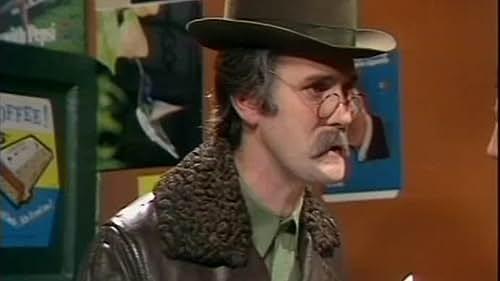The Complete Monty Python's Flying Circus 16 Ton Megaset: Disc 8
