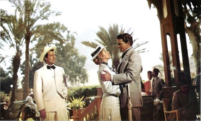 Robert Taylor, Eleanor Parker, and Carlos Thompson in Valley of the Kings (1954)