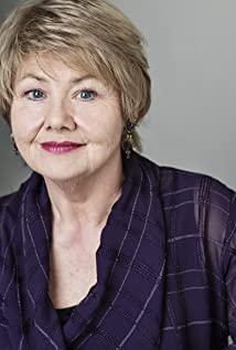 Annette Badland Picture