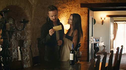 A couple spend a weekend at a vacation rental home in the Italian countryside in an attempt to repair their relationship, but soon become victims of the homeowner's sinister plans.