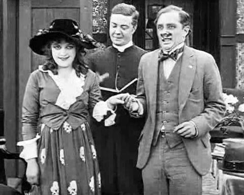 Billy Bevan, Phil Dunham, and Gertrude Selby in Gaby's Gasoline Glide (1916)