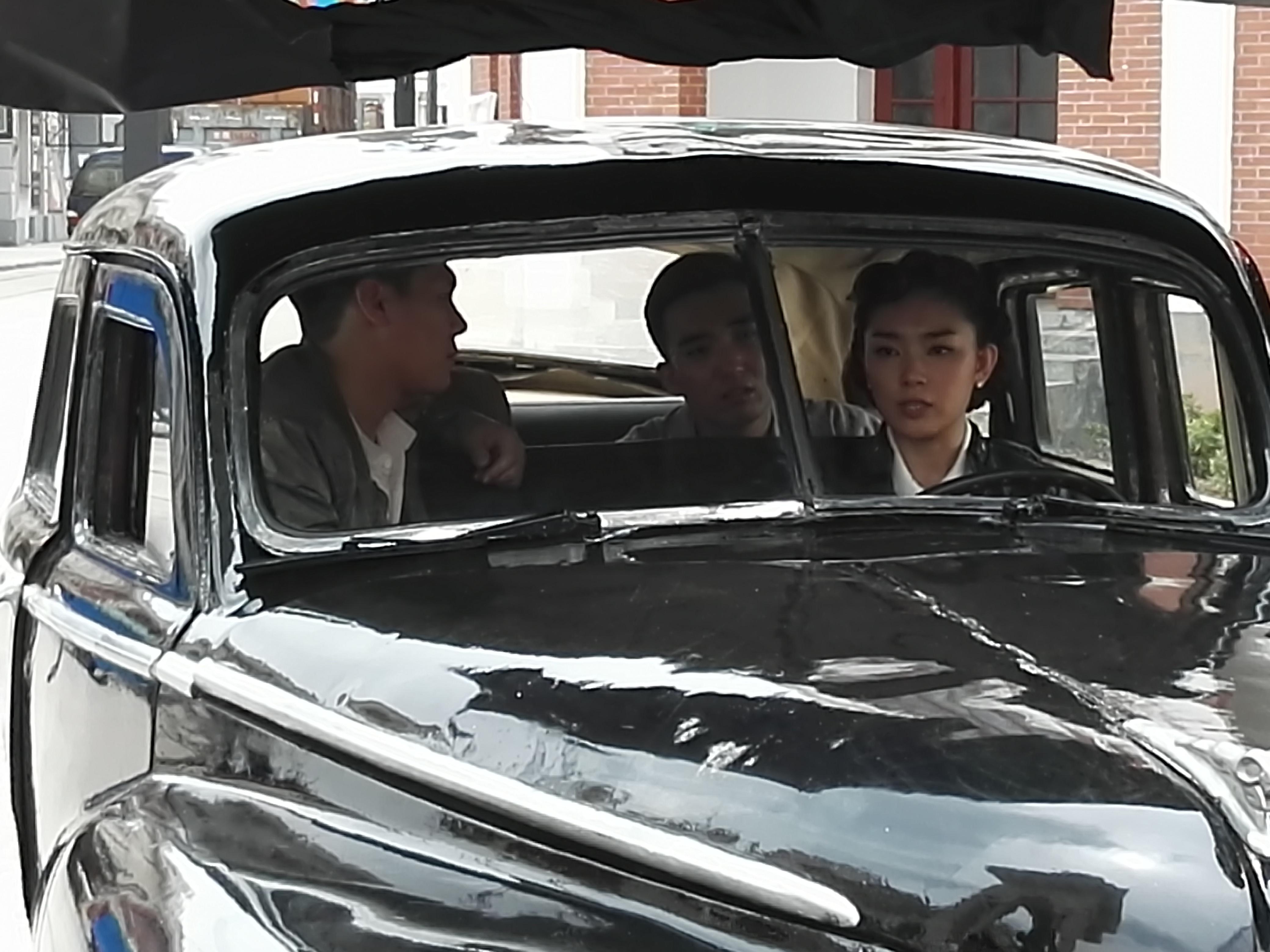 Beibei Yu, Jiang Haoyan, and Feng Yang in Tianjin Mysteries Perpetrator (2017)