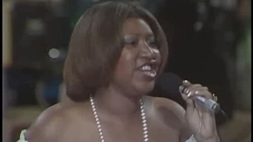 Aretha Franklin Performs Respect