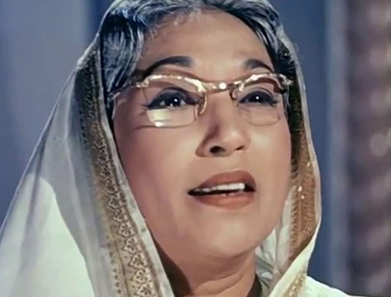 bollywood-ke-kisse-bhagwan-dada-slapped-lalita-pawar-on-set-and-lalita-pays-lifetime-ललिता पवार
