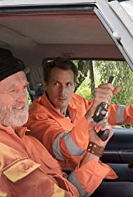 Siemen Rühaak and David Rott in Bad Cop: Kriminell gut (2017)