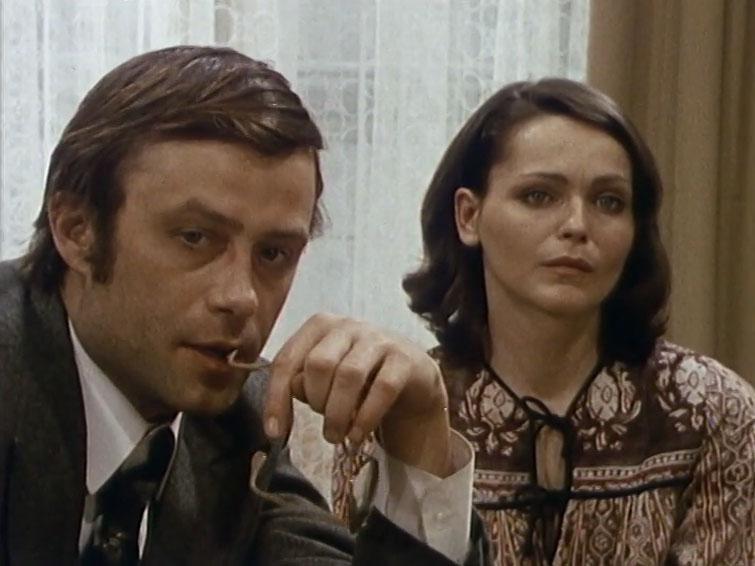 Eva Jakoubková and Petr Svojtka in Propast (1983)