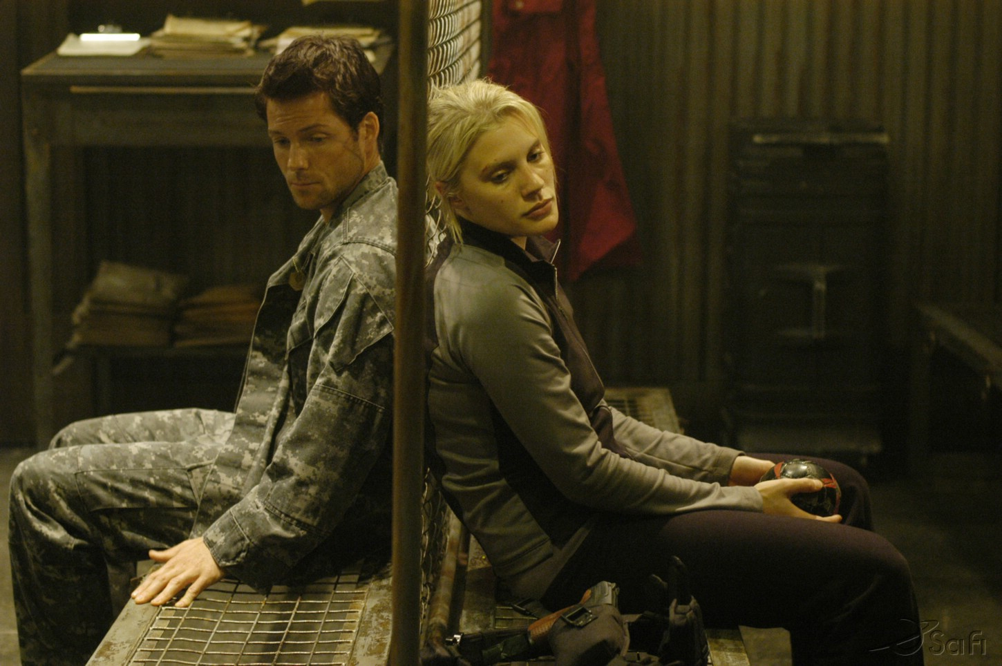 Jamie Bamber and Katee Sackhoff in Battlestar Galactica (2004)