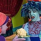 Lisa Lennox and Chad McNamara in The Doodlebops (2004)