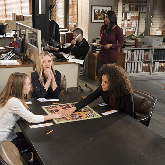 Hope Davis, Britt Robertson, Charles Michael Davis, and Jasmin Savoy Brown in For The People (2018)
