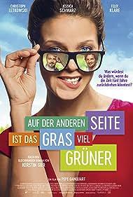 Jessica Schwarz, Felix Klare, and Christoph Letkowski in Auf der anderen Seite ist das Gras viel grüner (2017)