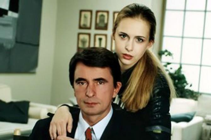 Milan 'Lane' Gutovic and Bojana Maljevic in Otvorena vrata (1994)