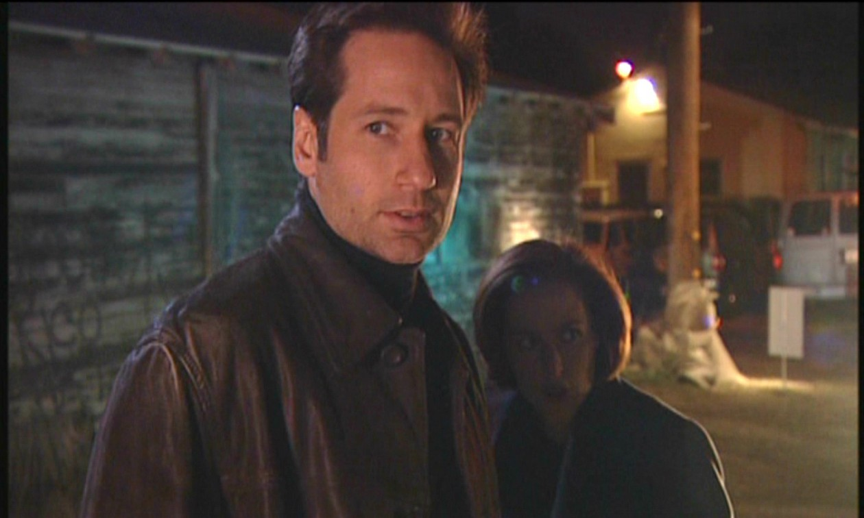 """tv crossovers, One of the wackiest overlaps was that of The X-Files and Cops in the episode """"X-Cops."""""""