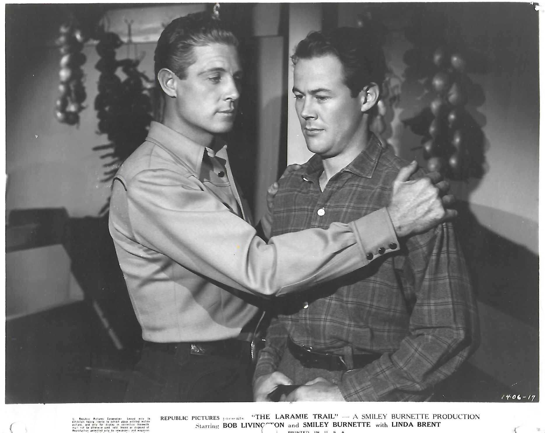 John James and Robert Livingston in The Laramie Trail (1944)