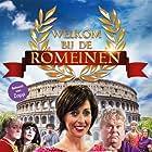 Pierre Bokma, Carice van Houten, Alex Klaasen, Paul de Leeuw, and Plien van Bennekom in Welkom bij de Romeinen (2014)