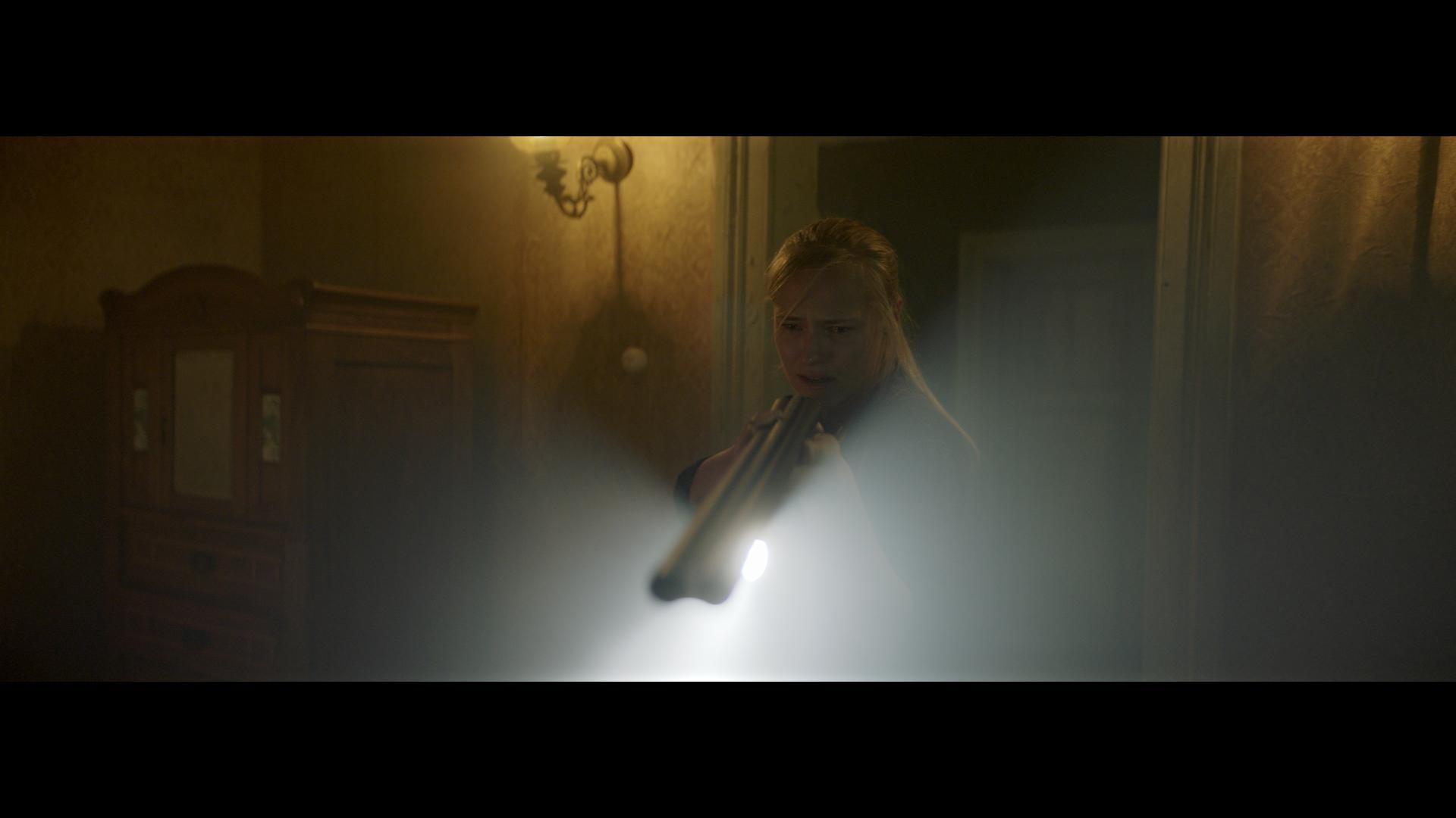 Jessica Madsen in Dark Light (2019)