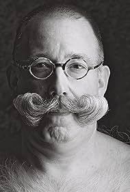 Comme une envie de moustache (2014)