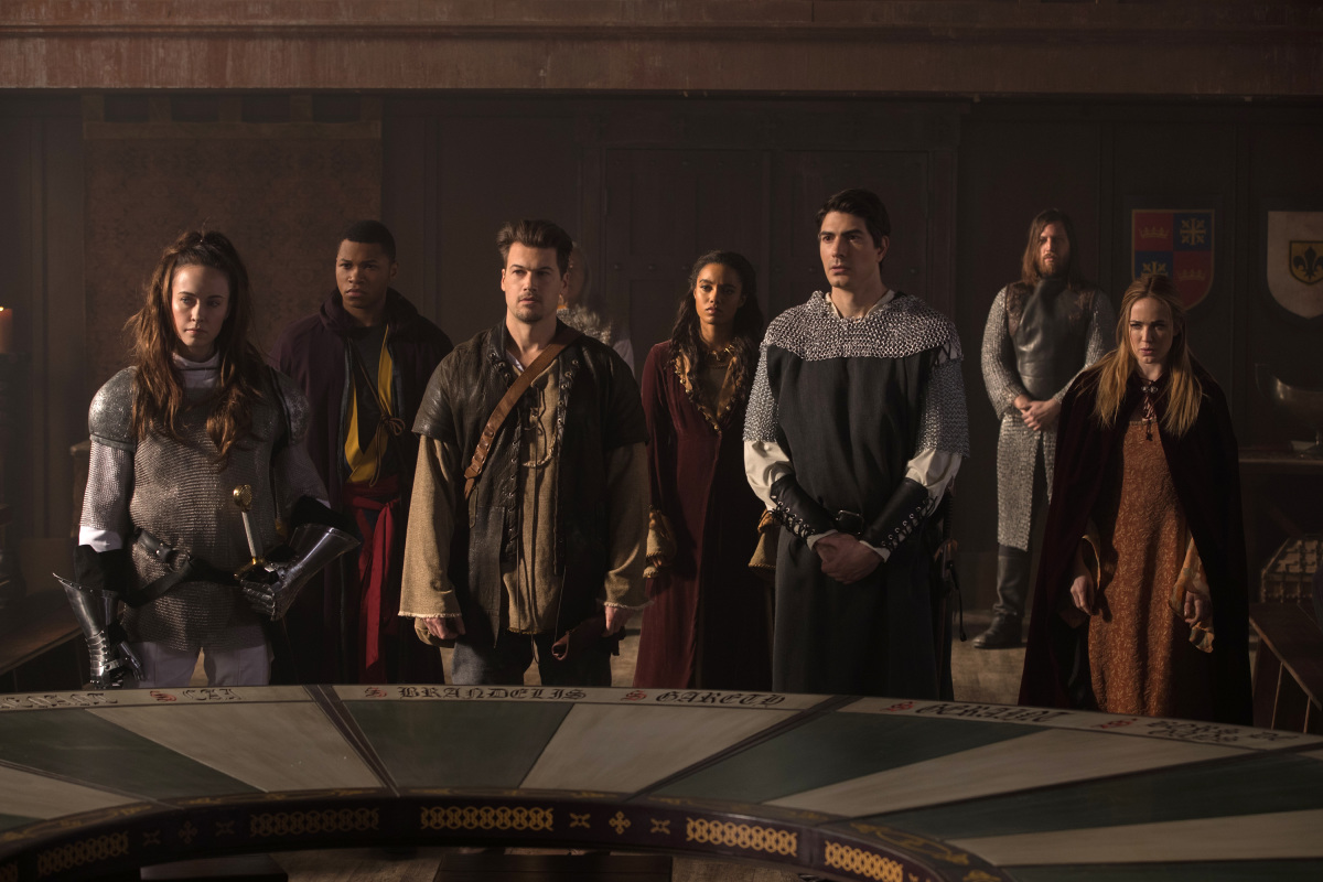 Brandon Routh, Elyse Levesque, Nick Zano, Caity Lotz, Franz Drameh, and Maisie Richardson-Sellers in Legends of Tomorrow (2016)