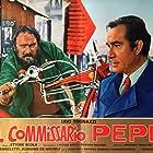 Giuseppe Maffioli and Ugo Tognazzi in Il commissario Pepe (1969)