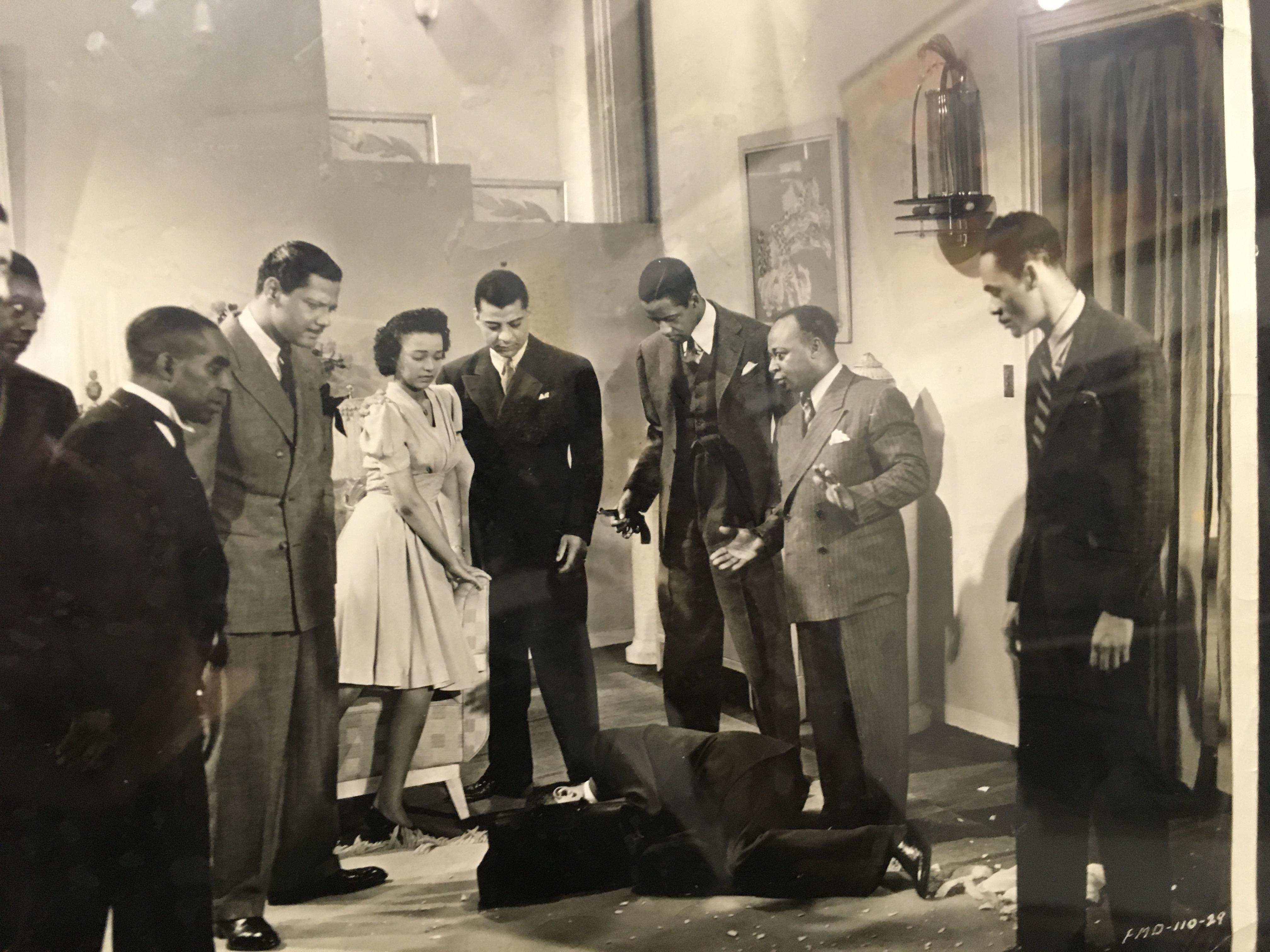 Jess Lee Brooks, Laurence Criner, Dorothy Dandridge, Reginald Fenderson, Monte Hawley, Vernon McCalla, Mantan Moreland, Edward Thompson, Niel Webster, and Pete Webster in Four Shall Die (1940)
