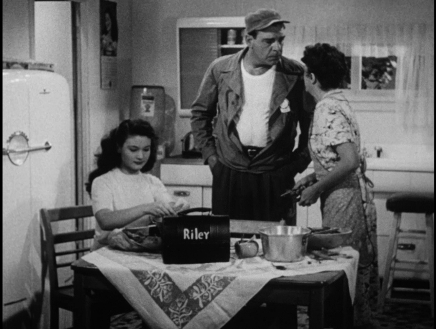 Lon Chaney Jr., Rosemary DeCamp, and Barbara Logan in The Life of Riley (1948)
