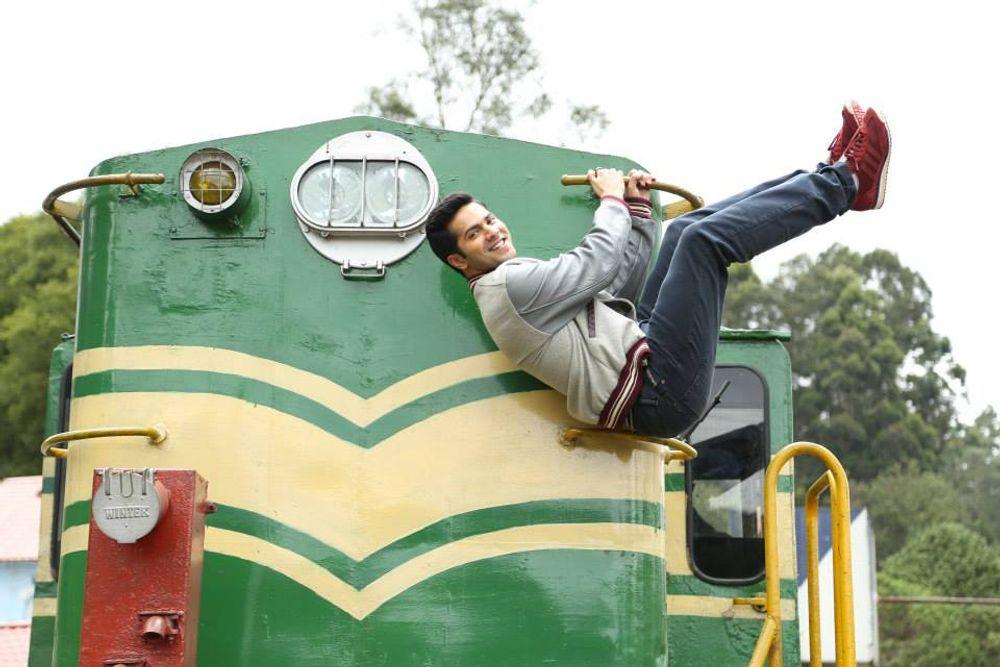 Varun Dhawan in Main Tera Hero (2014)
