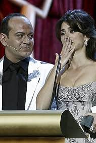 Penélope Cruz and José Corbacho in XXI Premios Anuales de la Academia (2007)