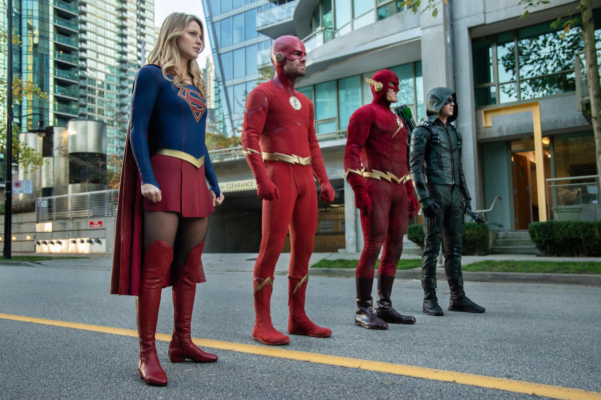 John Wesley Shipp, Stephen Amell, Melissa Benoist, and Grant Gustin in Arrow (2012)