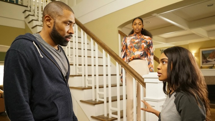 James Remar, Cress Williams, China Anne McClain, and Nafessa Williams in Black Lightning (2018)