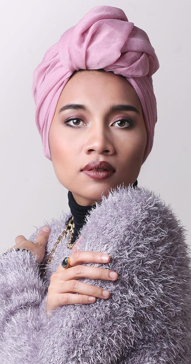 Yuna - Biography - IMDb